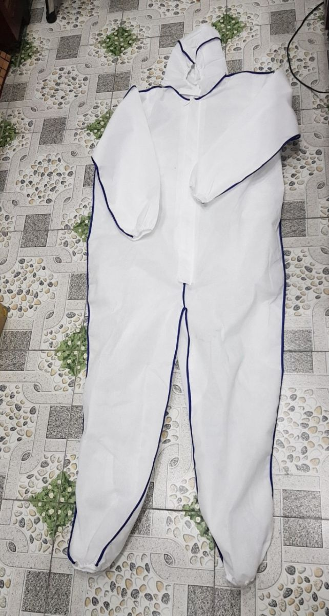 Bộ phòng chống dịch liền quần(chất liệu vải không dệt)